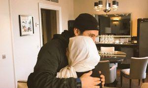 بالصورة… الحريري يستقبل عمته في باريس