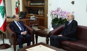 """تفاهم جنبلاط وعون الحكومي ينتج توافقاً على """"رئاسة الأركان"""""""