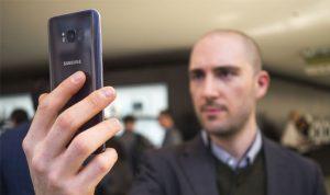 ميزة فتح الهاتف عبر التعرف إلى الوجه آمنة؟