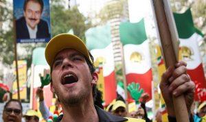 تظاهرات إيران أكبر من سحابة عابرة