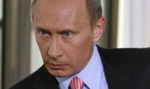 لقاء مفاجئ بين بوتين والأسد في قاعدة حميميم