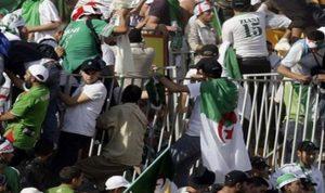 قتيل نتيجة شغب بين مشجعي كرة القدم في الجزائر
