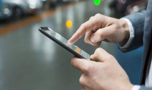 نظام تتبّع الهواتف الخليوية: كلفة أعلى وخصوصية أقلّ!