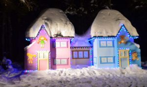 هدية لكل الأطفال… زوروا قرية بابا نويل (بالصور)