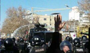 من أطلق النار على المحتجين في إيران؟