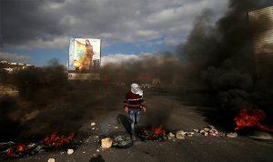 مقتل فلسطيني برصاص إسرائيلي فب احتجاجات على حدود غزة