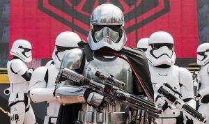 STAR WARS يتجه لتحقيق 200 مليون دولار بأميركا