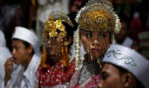 زواج جماعي في إندونيسيا ليلة رأس السنة