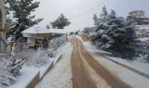 بلدية بعلبك تولت جرف الثلوج وفتح الطرقات الرئيسية