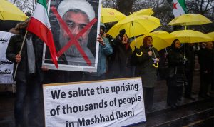 الثورة تكبر في ايران… ارتفاع عدد الضحايا واكثر من 600 معتقل!