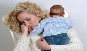 مشكلات نفسية وجنسية تواجهها الأمّ بعد الولادة
