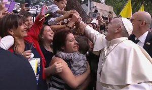 بالصور… البابا فرنسيس في تشيلي