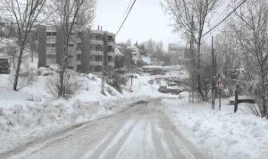 """الثلوج عزلت مواقع """"اليونيفل"""" في قرى بالعرقوب"""