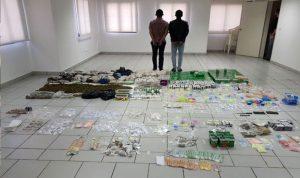 توقيف 4 اشخاص بتهمة الاتجار بالمخدرات