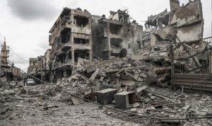 ارتفاع عدد قتلى غارات الغوطة والمعارضة تستعيد بلدات عدة