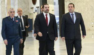 حكومة من 32 وزيراً لمحاصرة الحريري؟