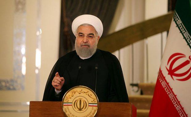 روحاني: نواجه حرباً اقتصادية أصعب من الحرب العسكرية