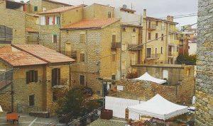 بالصور… قرية إيطالية تعرض منازلها للبيع بـ 1 يورو فقط