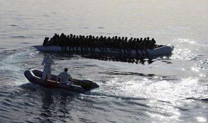 إنقاذ حوالى 450 مهاجرا قبالة السواحل الليبية