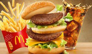 """بالصورة: فضيحة خطيرة في ساندويش """"ماكدونالدز"""""""