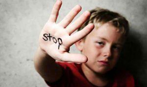 تعرض للتحرش الجنسي… وهكذا عاقبه والده!
