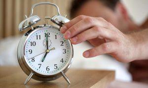 ماذا يحدث للجسم عند الضغط على الـ«Snooze»؟