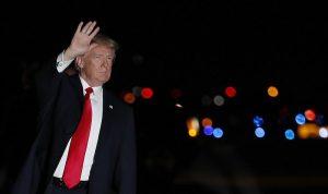 """بالفيديو: ترامب يتعرض للسخرية بسبب """"ورق المرحاض""""!"""