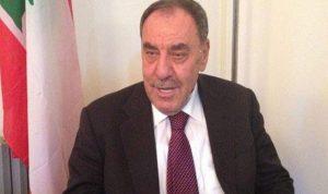 البعريني يشجع إعادة فتح السفارة الإماراتية في دمشق