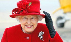 ملكة بريطانيا تطلب موظفاً لوسائل التواصل الاجتماعي
