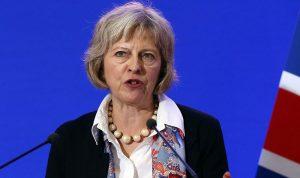ماي تعلّق على طرد روسيا لدبلوماسيين بريطانيين