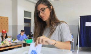 انتخابات قلقة في تونس ولبنان والعراق