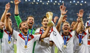 ألمانيا تكشف عن قميص المونديال 2018!