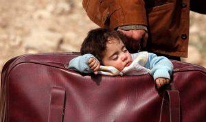 """رضيعة في """"حقيبة""""… في الغوطة!"""