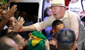 إطلاق نار على القافلة الإنتخابية للرئيس البرازيلي الاسبق