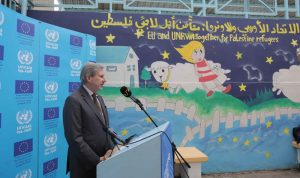 افتتاح مدرسة في مخيم البدواي بعد تجديدها