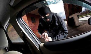 ضبط سيارة مسروقة في منطقة الهرمل