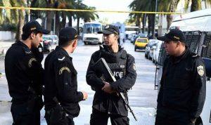 """مشتبه به """"يفجر نفسه"""" في تونس"""