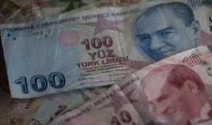 قبيل الانتخابات الاميركية.. الليرة التركية تبلغ قاعا جديدا!