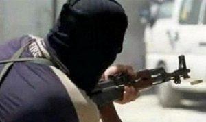 اشتباكات مسلحة بين أفراد من عائلتين في بلدة حزين البقاعية