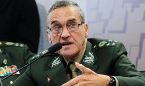 قائد الجيش البرازيلي يحذر من تهديد الفساد للديمقراطية