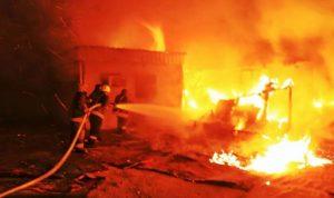 حرق منزل قاتل عباس الأحمر في بريتال