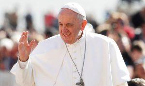 للمرة الأولى.. البابا فرنسيس يقيم قداساً في الامارات