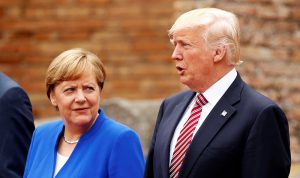 ترامب وميركل عرضا الأوضاع الأمنية في الشرق الأوسط وليبيا