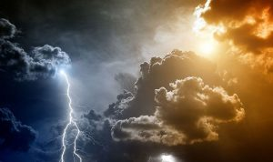 برق ورعد في بداية حزيران!