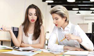 كيف تصبح محبوباً بين زملائك في العمل؟
