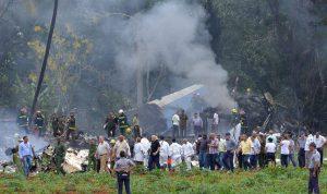 بالفيديو والصور… أكثر من 100 قتيل بتحطم طائرة في كوبا