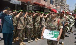 قيادة الجيش وأهالي الميناء شيعوا الشهيد علي حسن مصطفى