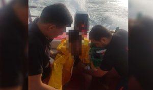 بالصورة… إنقاذ شاب من الغرق على شاطئ زوق مصبح