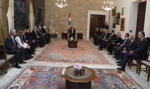 """المشنوق دخل قصر بعبدا مع كتلة """"المستقبل""""… وغادر وحيداً!"""
