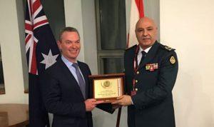 قائد الجيش التقى في أستراليا قادة عسكريين